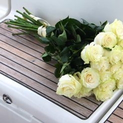 bouquet roses blanches longues tiges